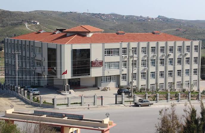 Dokuz Eylül Üniversitesi sağlık çalışanları için yer tahsis etti