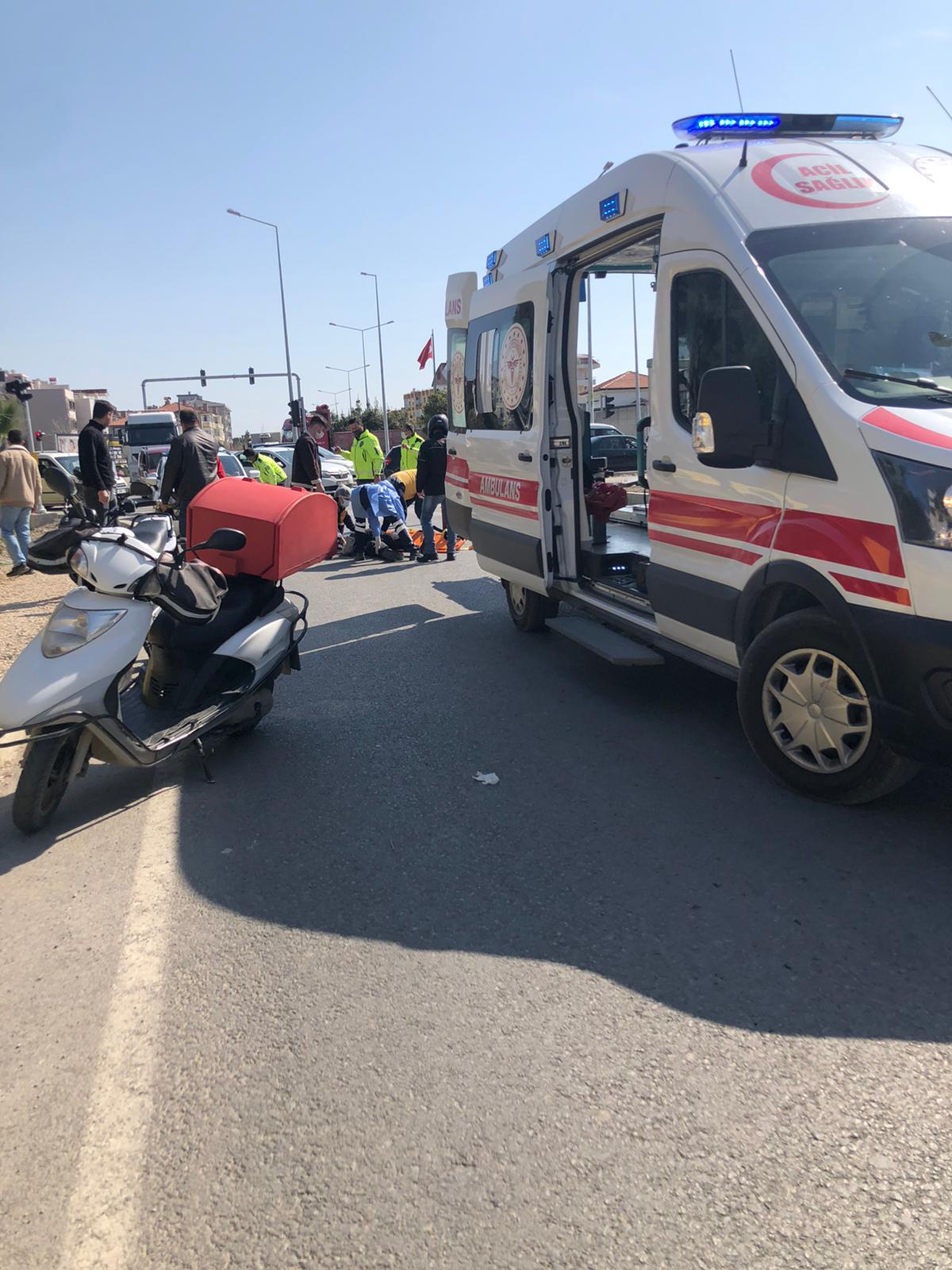 Seferihisar kavşakta feci kaza: 1 kişi yaralı